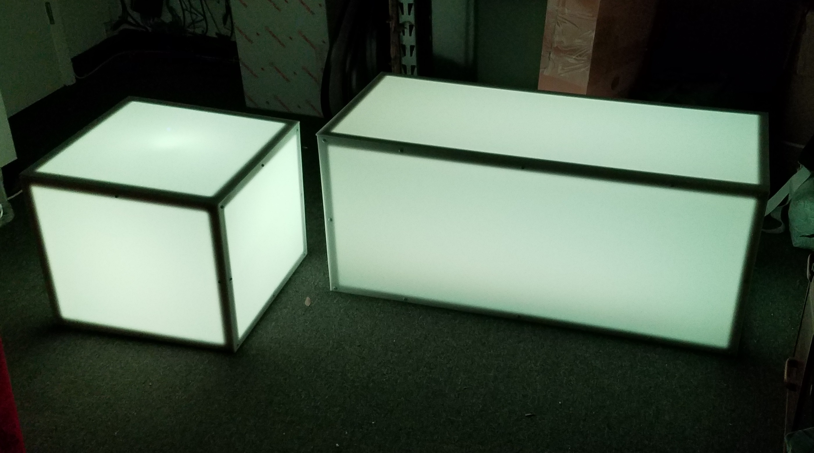 WHITE LED Light Up Coffee Table. Remote Control For LED
